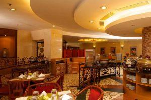 Sunlake-Hotel-Jakarta-Indonesia-Restaurant.jpg