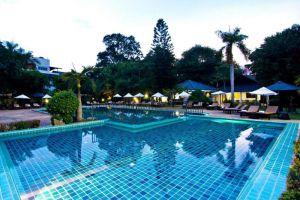 Sunshine-Garden-Resort-Pattaya-Thailand-Pool.jpg