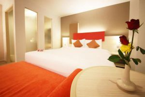 Sunshine-Vista-Hotel-Pattaya-Thailand-Room.jpg