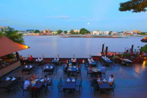 Supatra-By-The-Sea-Restaurant-Hua-Hin-Thailand-002.jpg