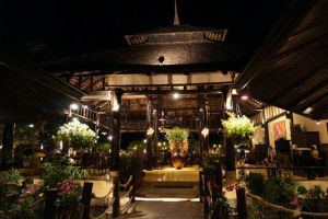 Supatra-By-The-Sea-Restaurant-Hua-Hin-Thailand-003.jpg