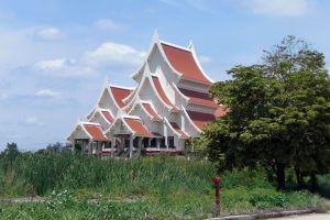 Supreme-Artist-Hall-Pathumthani-Thailand-03.jpg