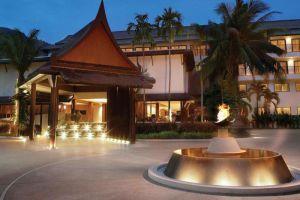 Swissotel-Resort-Phuket-Thailand-Entrance.jpg