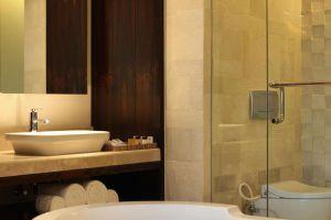 TS-Suites-Villas-Bali-Indonesia-Bathroom.jpg