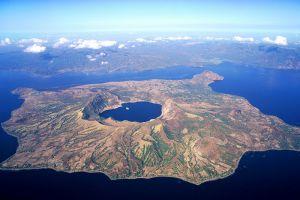 Taal-Lake-Cavite-Philippines-004.jpg