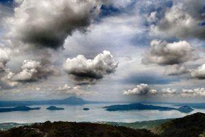 Taal-Lake-Cavite-Philippines-006.jpg