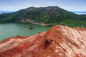 Taal-Volcano-Cavite-Philippines-002.jpg