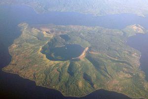 Taal-Volcano-Cavite-Philippines-003.jpg