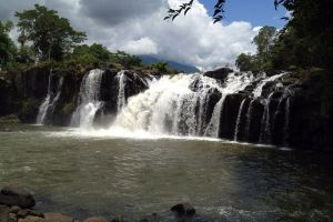 Tad-Lo-Water-Park-Salavanh-Laos-003.jpg