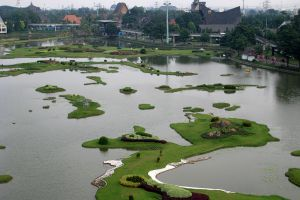 Taman-Mini-Indah-Jakarta-Indonesia-004.jpg
