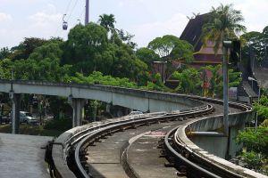 Taman-Mini-Indah-Jakarta-Indonesia-007.jpg