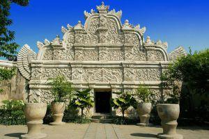 Tamansari-Water-Castle-Yogyakarta-Indonesia-006.jpg