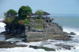 Tanah-Lot-Temple-Bali-Indonesia-005.jpg