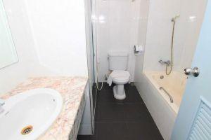 Tanawit-Hotel-Spa-Hua-Hin-Thailand-Bathroom.jpg