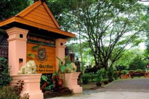 Tao-Garden-Health-Spa-Resort-Chiang-Mai-Thailand-Entrance.jpg