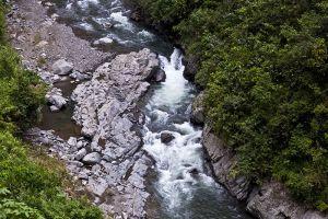 Tappiya-Waterfalls-Ifugao-Philippines-002.jpg