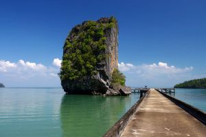 Tarutao-National-Park-Satun-Thailand-01.jpg