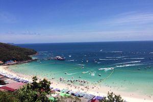 Tawaen-Beach-Chonburi-Thailand-01.jpg