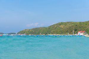 Tawaen-Beach-Chonburi-Thailand-02.jpg