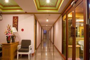 Thai-Garden-Resort-Pattaya-Thailand-Corridor.jpg
