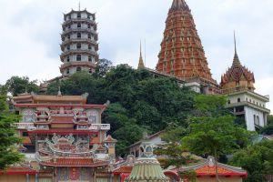 Tham-Khao-Noi-Temple-Kanchanaburi-Thailand-004.jpg