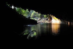 Tham-Kong-Lo-Cave-Khammouane-Laos-007.jpg