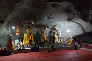 Tham-Luang-Pha-Wiang-Lamphun-Thailand-05.jpg
