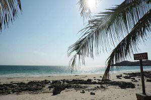 Tham-Phang-Beach-Chonburi-Thailand-05.jpg