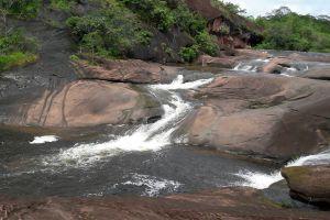 Tham-Phra-Waterfall-Bueng-Kan-Thailand-02.jpg