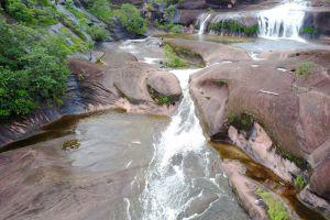 Tham-Phra-Waterfall-Bueng-Kan-Thailand-04.jpg