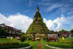 That-Dam-Black-Stupa-Vientiane-Laos-003.jpg
