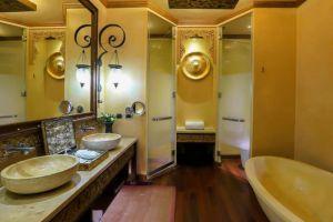 The-Baray-Villa-By-Sawasdee-Village-Phuket-Thailand-Bathroom.jpg