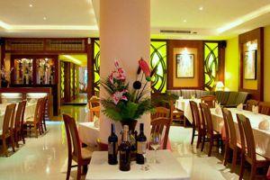 The-Cherrys-Restaurant-Pattaya-Thailand-003.jpg