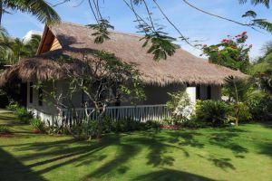 The-Cliff-Resort-Residences-Phan-Thiet-Vietnam-Garden.jpg