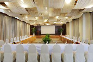 The-Cliff-Resort-Residences-Phan-Thiet-Vietnam-Meeting-Room.jpg