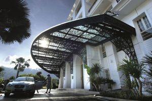 The-Danna-Hotel-Langkawi-Kedah-Entrance.jpg