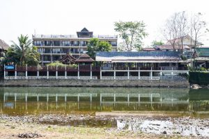 The-Elephant-Crossing-Hotel-Vang-Vieng-Laos-Overview.jpg
