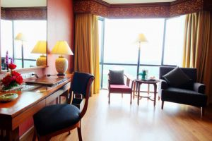 The-Empress-Hotel-Convention-Centre-Chiang-Mai-Thailand-Living-Room.jpg