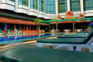 The-Empress-Hotel-Convention-Centre-Chiang-Mai-Thailand-Pool.jpg
