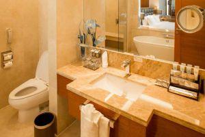 The-Grand-Fourwings-Convention-Hotel-Bangkok-Thailand-Bathroom.jpg