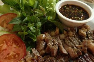 The-Pappa-Restaurant-Lampang-Thailand-002.jpg