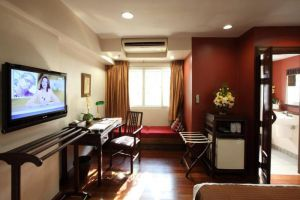 The-Siam-Heritage-Boutique-Suites-Bangkok-Thailand-Living-Room.jpg