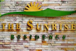 The-Sunrise-Residence-Bangkok-Thailand-Entrance.jpg
