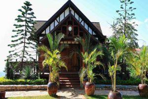 The-View-Resort-Pyin-Oo-Lwin-Myanmar-Villa.jpg