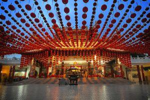 Thean-Hou-Temple-Kuala-Lumpur-Malaysia-007.jpg