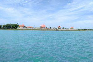 Thung-Kula-Lake-Surin-Thailand-02.jpg