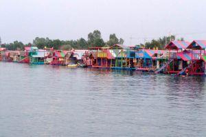 Thung-Kula-Lake-Surin-Thailand-03.jpg