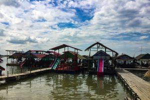 Thung-Kula-Lake-Surin-Thailand-05.jpg
