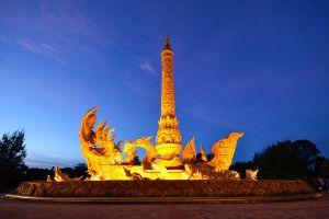 Thung-Sri-Muang-Public-Park-Ubon-Ratchathani-Thailand-08.jpg
