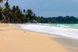 Thung-Wua-Laen-Beach-Chumphon-Thailand-001.jpg